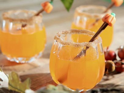 Pumpkin Sangria | Happy Girls are the Prettiest