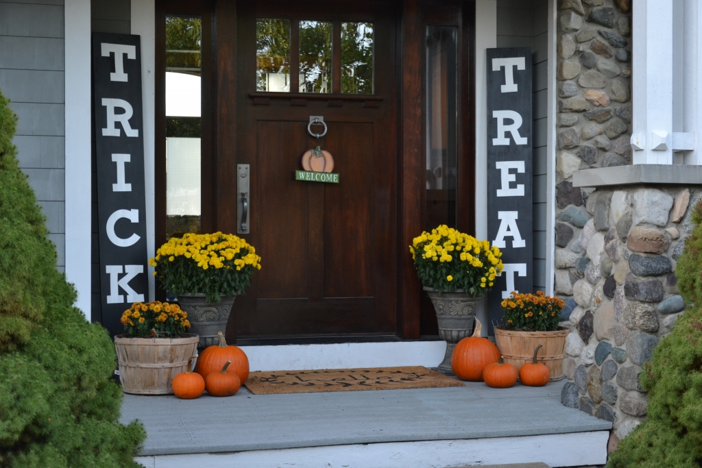 cute fall front porch signs