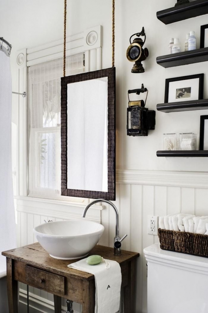modern farmhouse bathroom 2